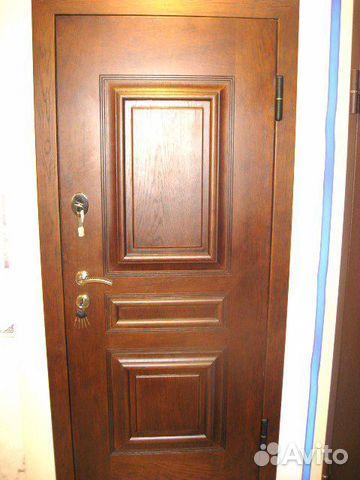 входные двери в москве шпон