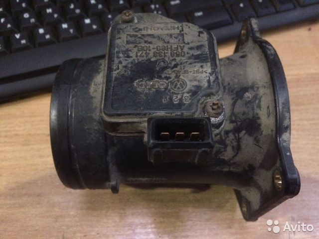 Расходомер воздуха Ауди 1.8 058133371— фотография №1