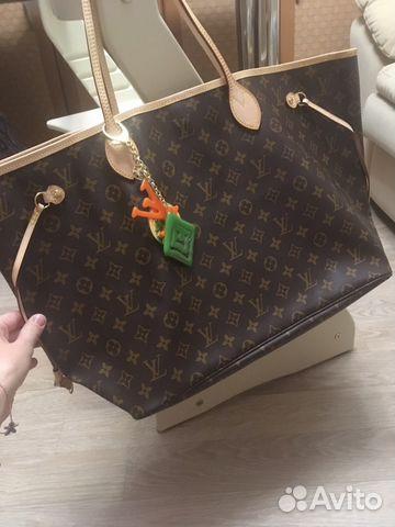 bded78ed0b69 Сумка женская Louis Vuitton с брелком | Festima.Ru - Мониторинг ...