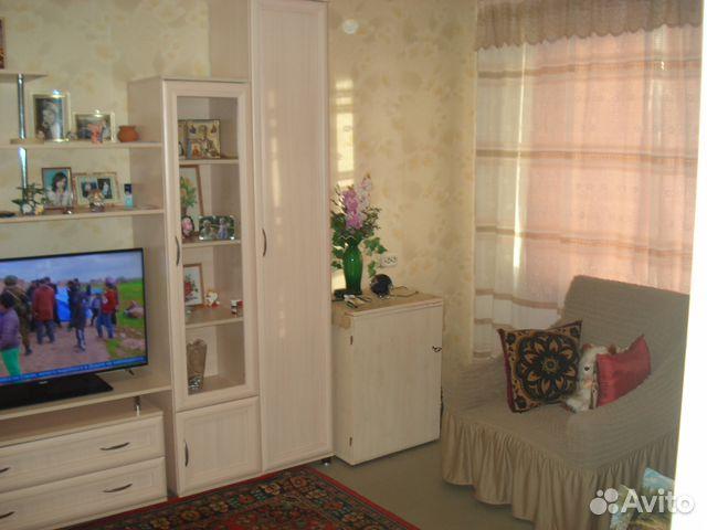 Продается двухкомнатная квартира за 2 500 000 рублей. Мурманск, улица Крупской, 20, подъезд 2.