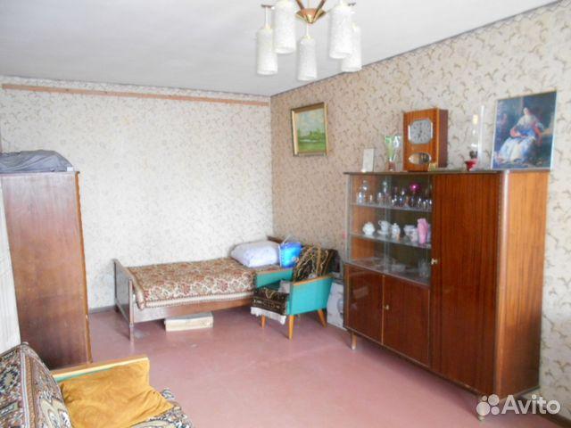 Продается двухкомнатная квартира за 1 700 000 рублей. Саратовская область, улица Ломоносова, 21.