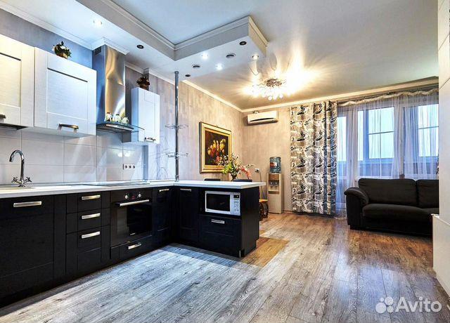 Продается двухкомнатная квартира за 4 250 000 рублей. г Краснодар, пр-кт Чекистов.