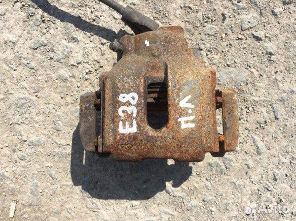 89026196331 Суппорт передний левый Bmw 7-Серия E38 M62