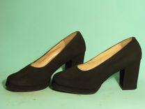Одежда, обувь и др 40-70 годов XX в для кино