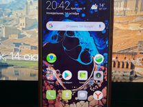 Huawei nova 2 (по внешке похож на 7 iPhone)