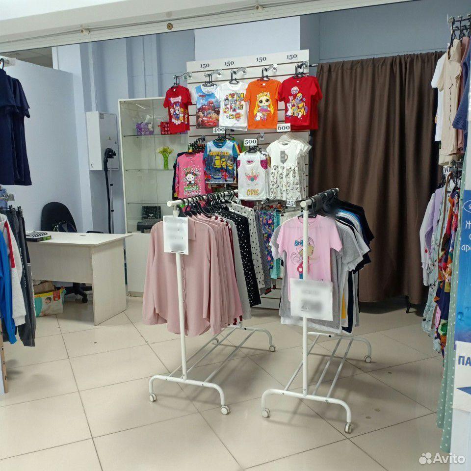 Магазин одежды, готовый бизнес. Павильон