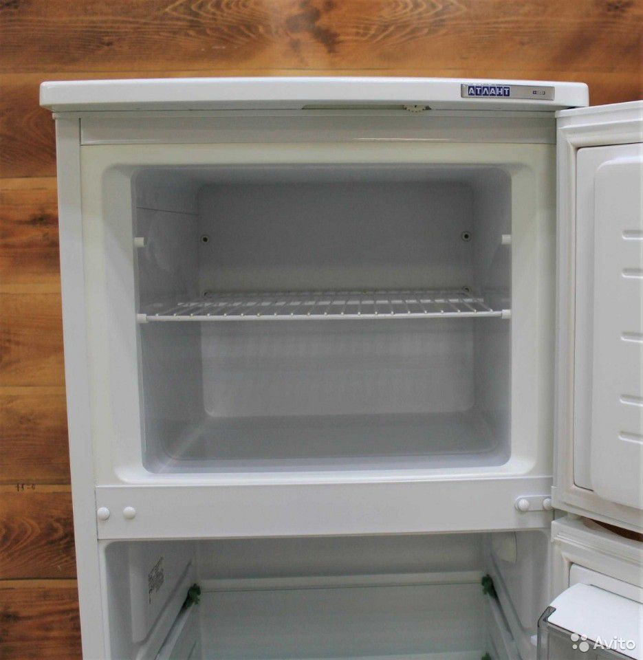 Белоснежный Холодильник Атлант  89083071561 купить 3