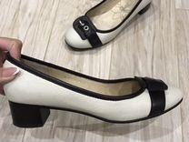 Продаются женские кожаные туфли