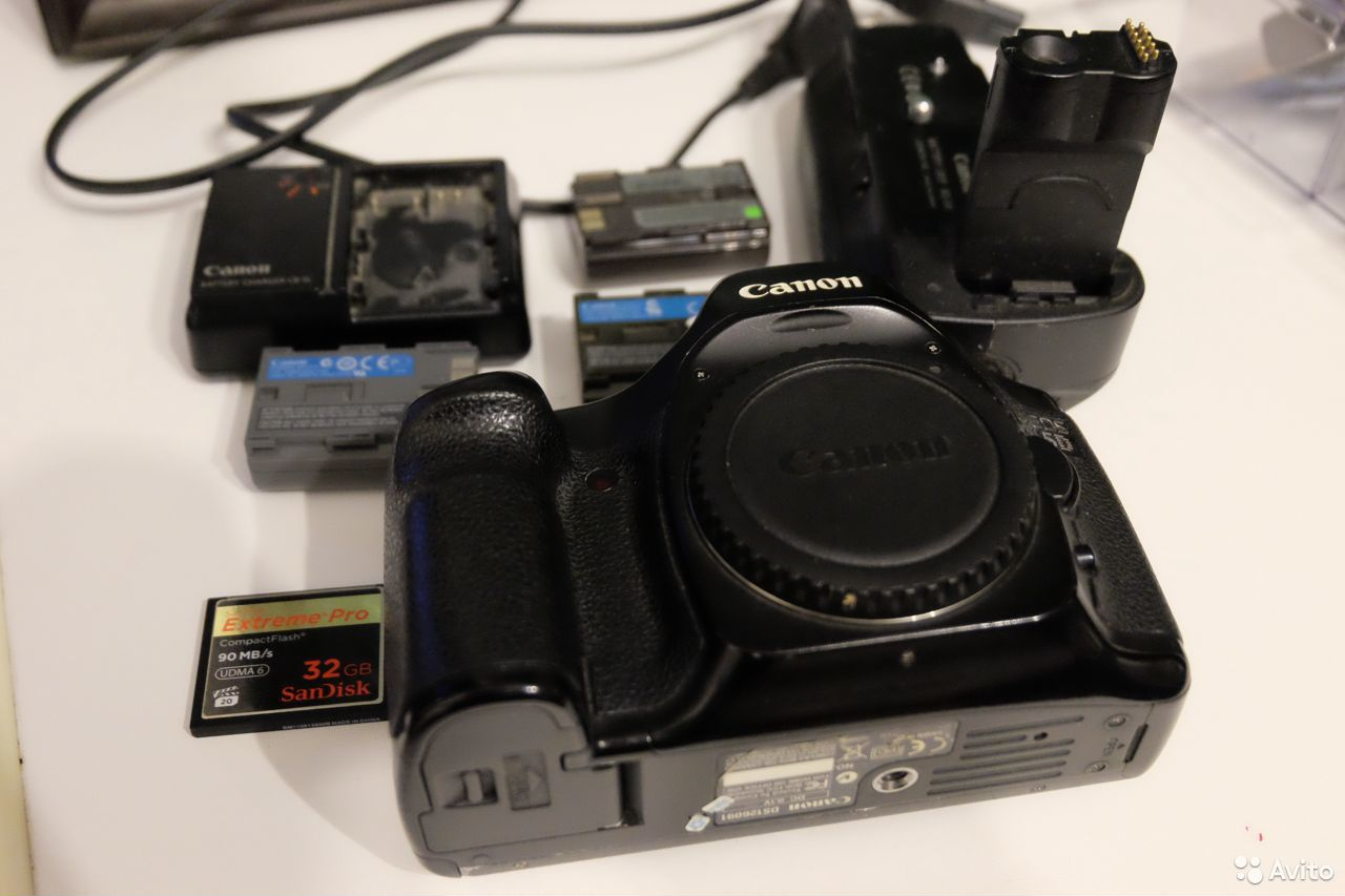 Фотоаппарат Canon 5d body